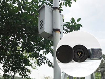 Streel-lamp-box
